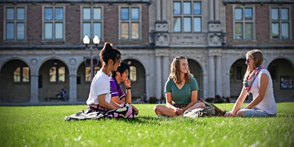 Students in the Brookings Quad in a group study